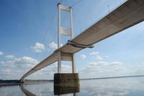 Update: The Old Severn Bridge remains closed due to strong winds
